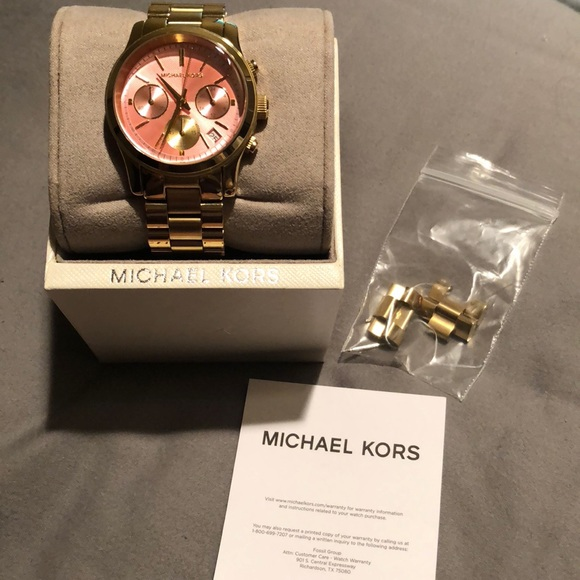 d280312c29f0 Michael Kors Accessories - EUC Michael Kors Runway Pink Dial Gold-Tone Watch